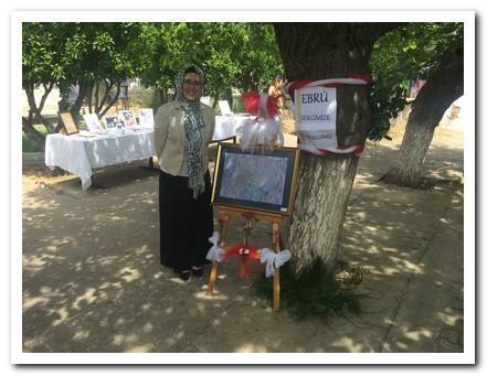 Ebru sergimizin sahibi Hacer MEMİŞ Öğretmenimiz
